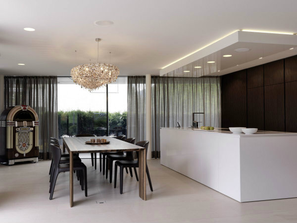 Choose the most beautifull colors for your unique kitchen luxury modern kitchen and dining room design with white and brown furniture interior color decorating ideas glass window with curtains plus parquet dining table and 7 lea